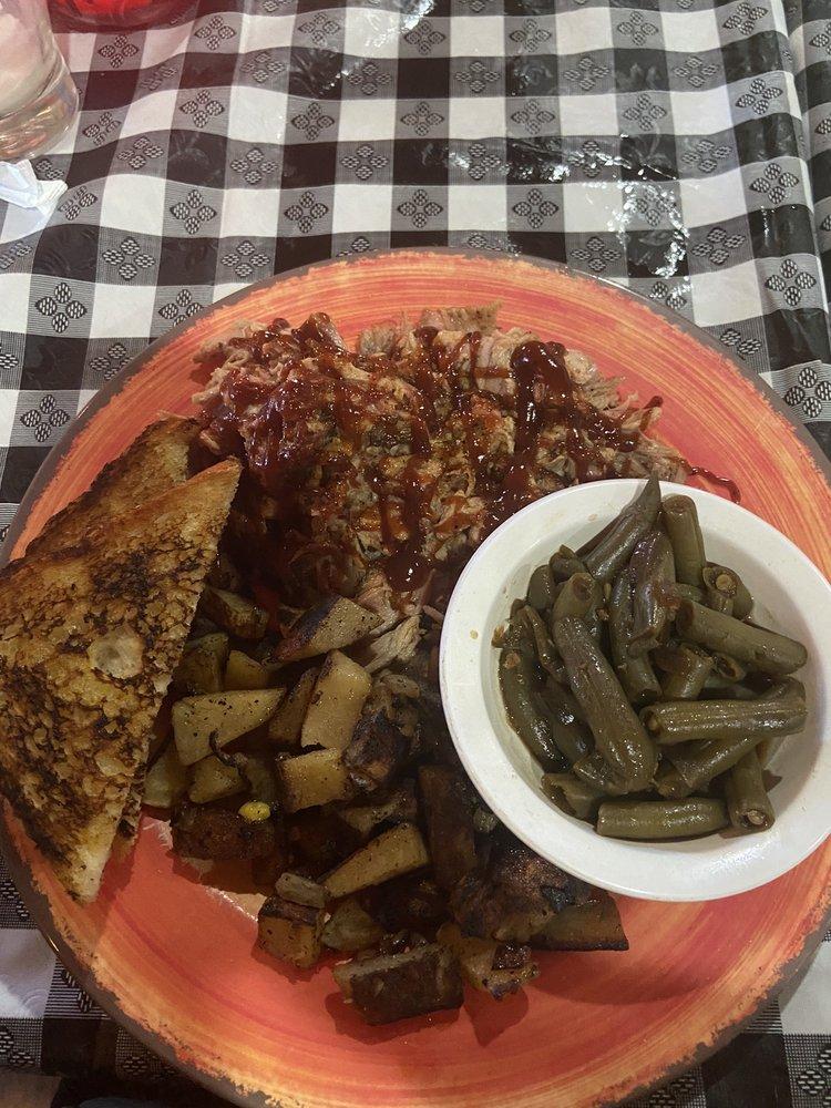 JD's Steakhouse: 1637 E Malone Ave, Sikeston, MO
