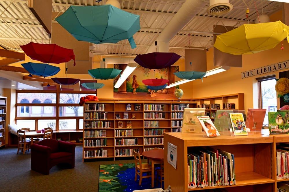 White Pigeon Township Library: 102 N Kalamazoo St, White Pigeon, MI