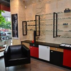 098fa786cc5996 Photo of La Belle Vue - Paris, France. Boutique La Belle Vue, opticien