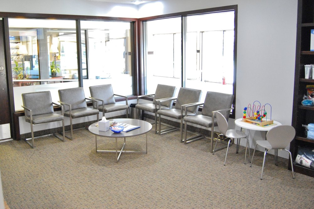 Minnesota Chiropractic and Rehabilitation: 1025 Evergreen Ln N, Plymouth, MN