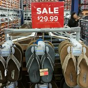 SKECHERS Factory Outlet 21 Photos Shoe Stores 11824