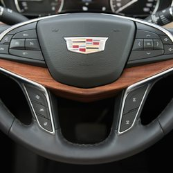 Cadillac Of Portland >> Cadillac Of Portland 22 Reviews Car Dealers 9141 Sw Canyon Rd