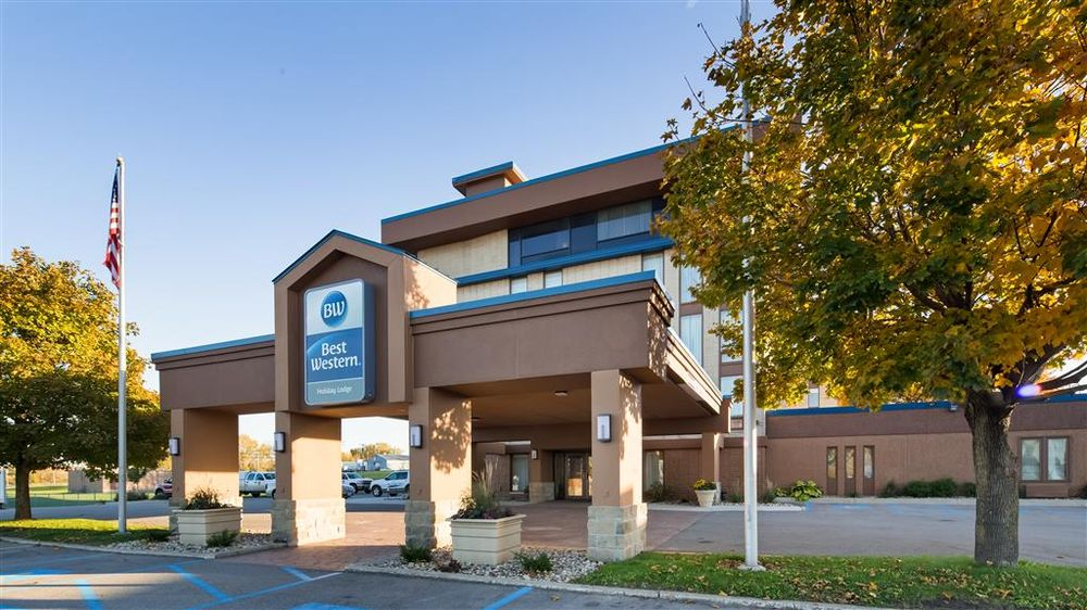 Best Western Holiday Lodge: 2023 7th Ave N, Clear Lake, IA