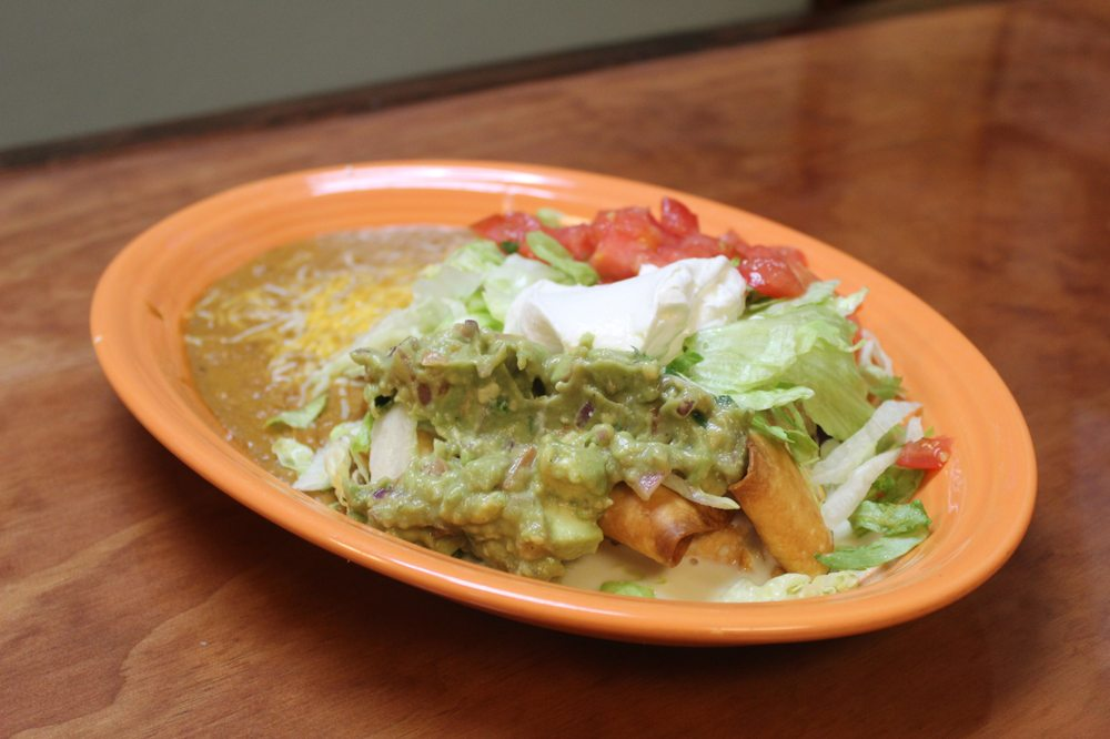 Los Magueyes Mexican Restaurant - Beverly Hills: 3887 N Lecanto Hwy, Beverly Hills, FL