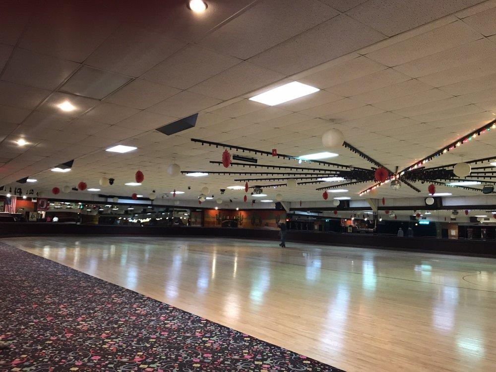 Edgewood Skate Arena: 2170 Edgewood Dr, Lima, OH