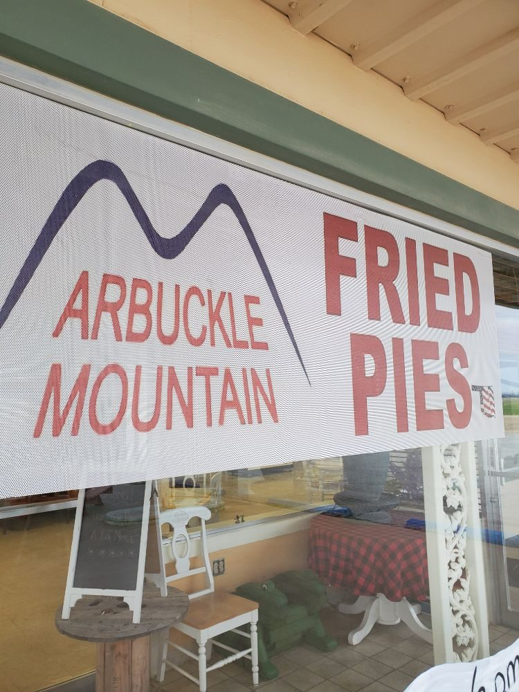 Arbuckle Mountian Fried Pies: 16560 W Fountian Rd, Tonkawa, OK