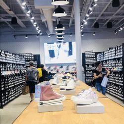 08dd5cf34549 Converse Outlet - 15 Photos   25 Reviews - Shoe Stores - 620 Ventura ...