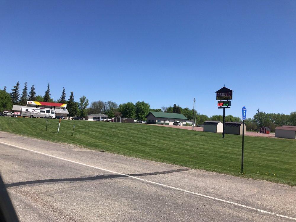 Caseys General Store: Butterfield, MN