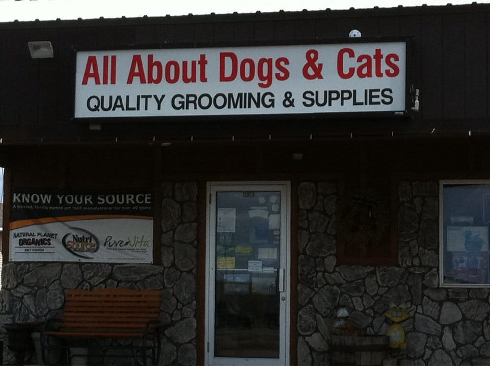 All About Dogs and Cats: 16345 Hwy 65 NE, Ham Lake, MN