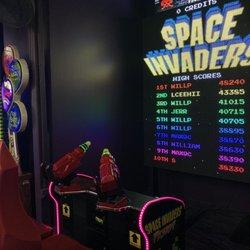 Gay Dolphin Arcade - 19 Photos - Arcades - 912 N Ocean Blvd