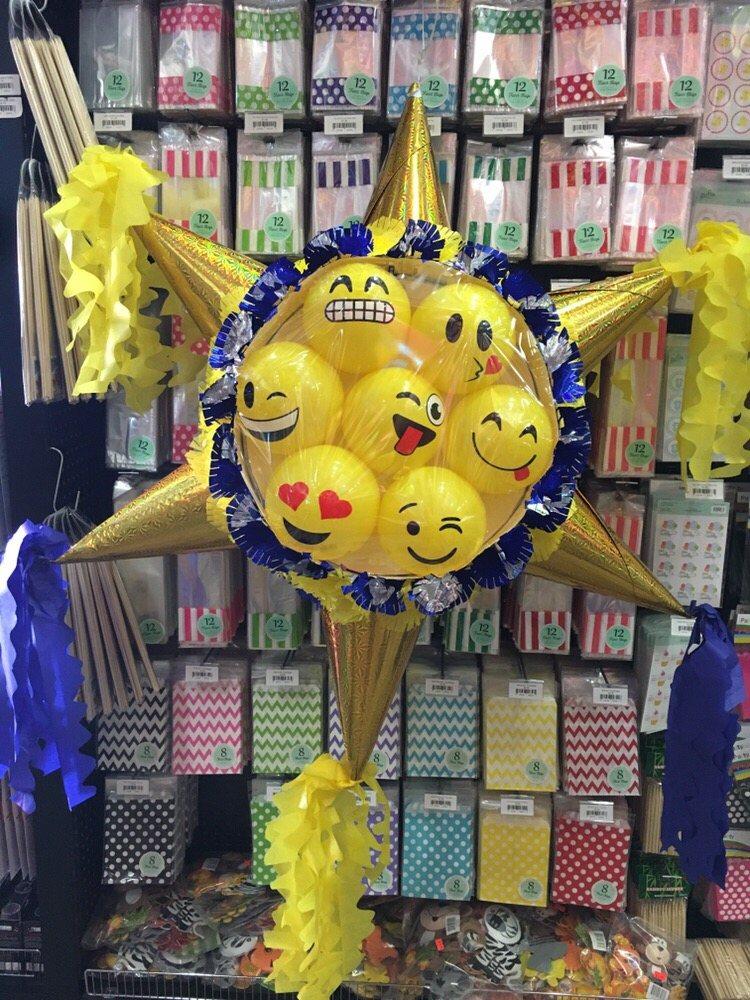 Emoji pi ata with balls yelp for Decoration pinata