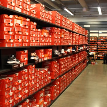 nike outlet long beach