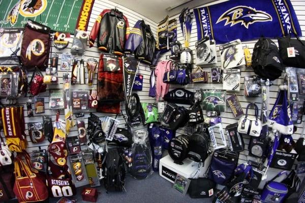 pretty nice 1e7bd cb855 Coach Tony's NFL Store - CLOSED - Sports Wear - 100 Somerset ...