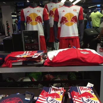 adidas sport performance store atlanta