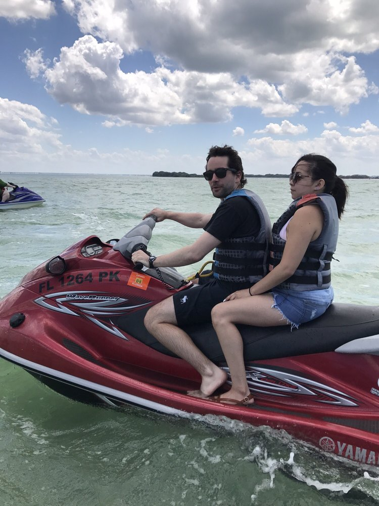 Fin's Jet Ski Tours and Pontoon Boat Cruises: 657 Bay Esplanade, Clearwater Beach, FL