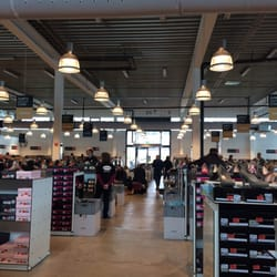0e7e1b65474a21 Görtz Outlet Store - Schuhe - Gewerbering 1
