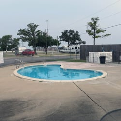Holiday rv park campgrounds 1518 harvey mtchll pkwy s - Swimming pools in college station tx ...