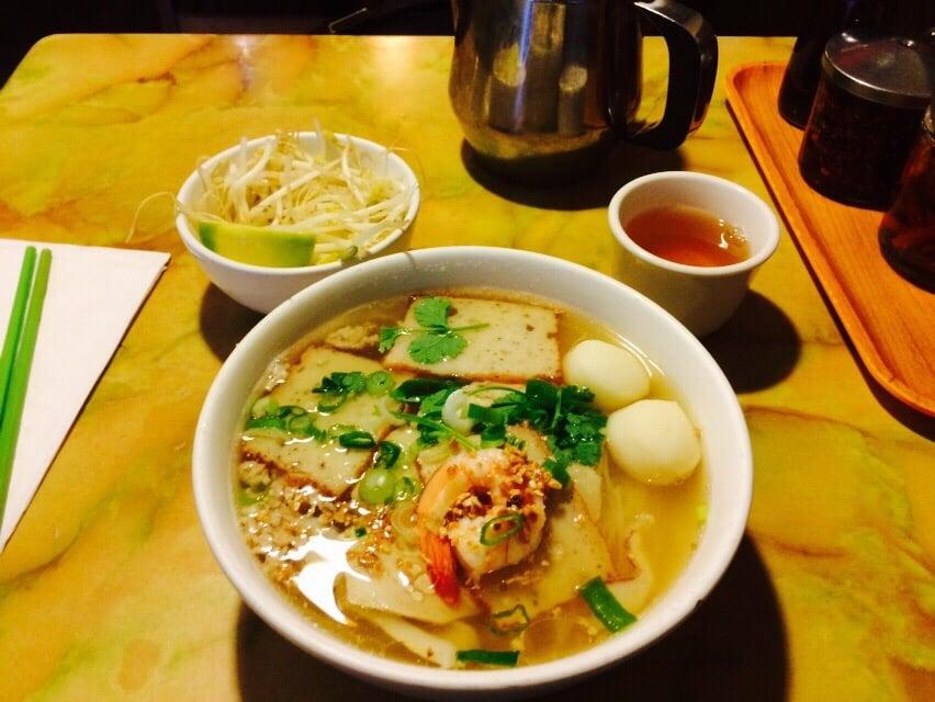 Number 1 - Phnom Penh special noodle soup - Yelp