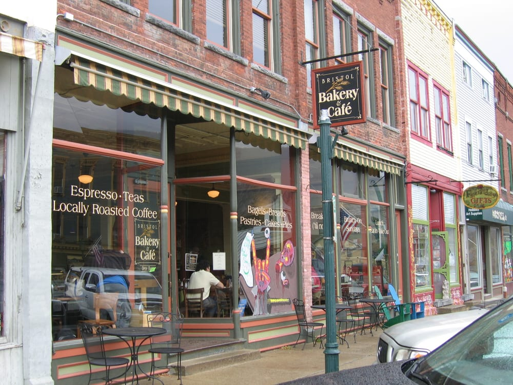 Bristol Cliffs Cafe: 16 Main St, Bristol, VT