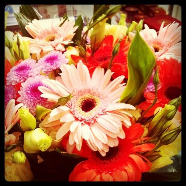 Veronica's Florist Gifts