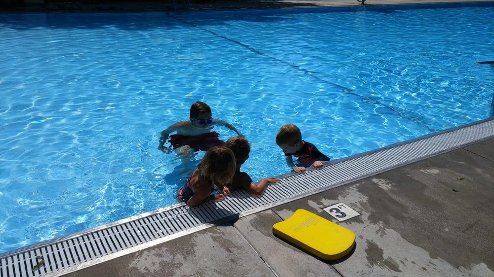 Deer Park Pool