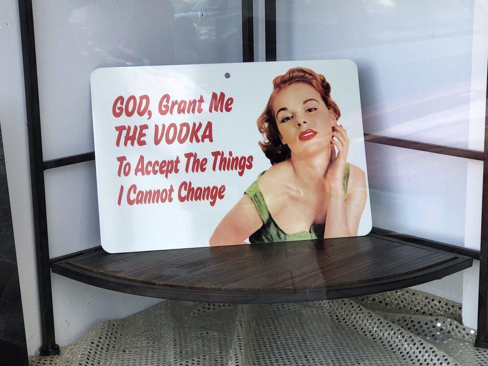 Amore Pin Up Boutique: 327 Main St, Jerome, AZ