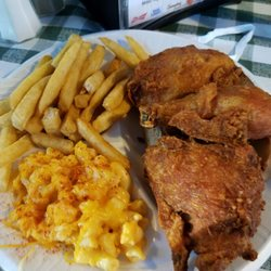 Gus S World Famous Fried Chicken 153 Photos 171 Reviews