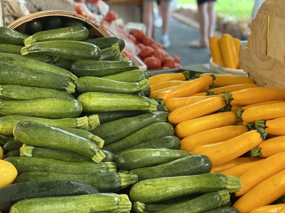 Samaha's Country Farm Market: 704 Lloyd Rd, Aberdeen Township, NJ