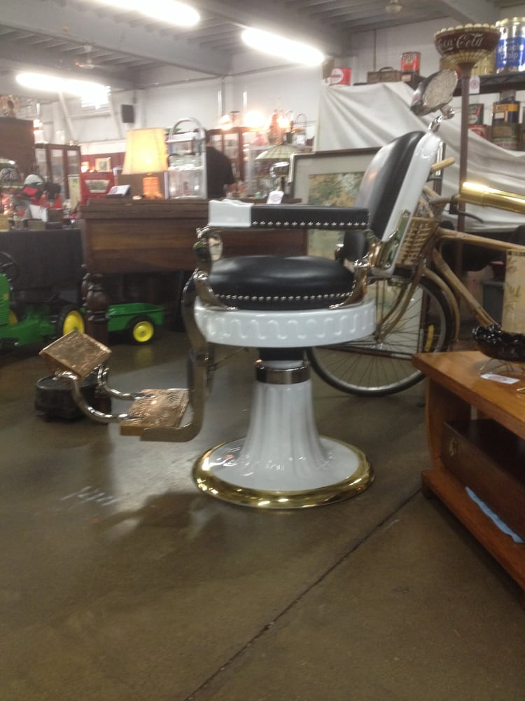 1925 Berninghaus Hercules Barber Chair made in Cincinnati Yelp – Hercules Barber Chair