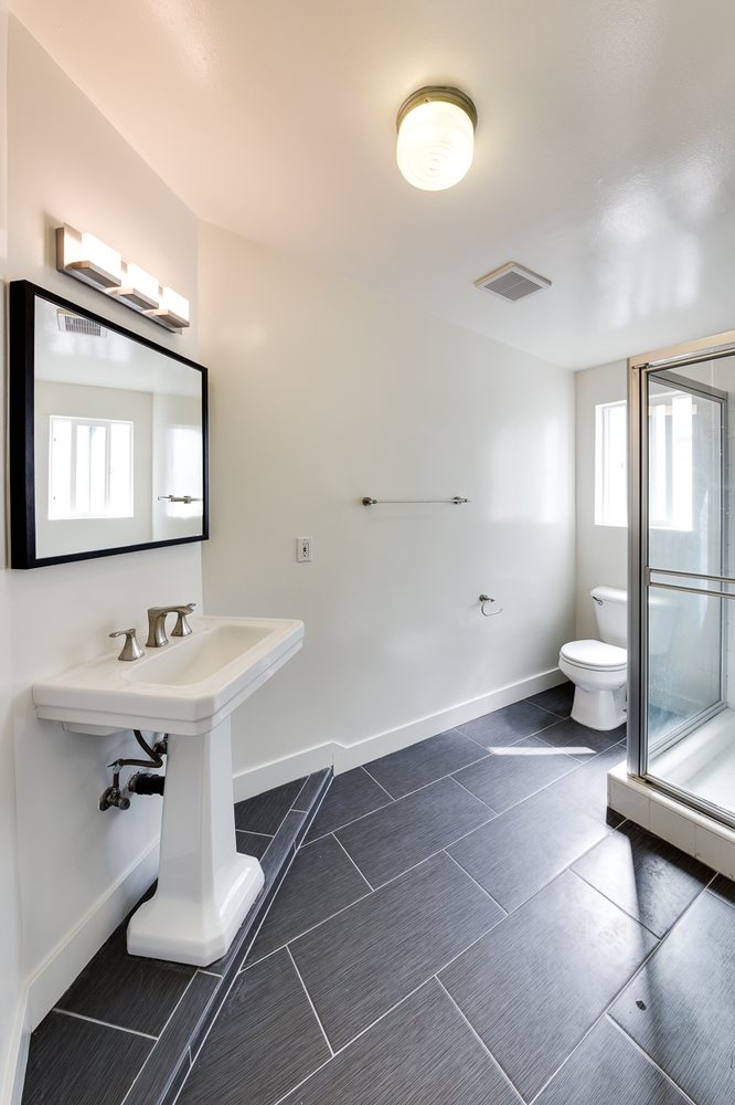 Venice Beach Bathroom Remodel Dark Floors With Modern Feel Yelp - Bathroom remodel venice fl