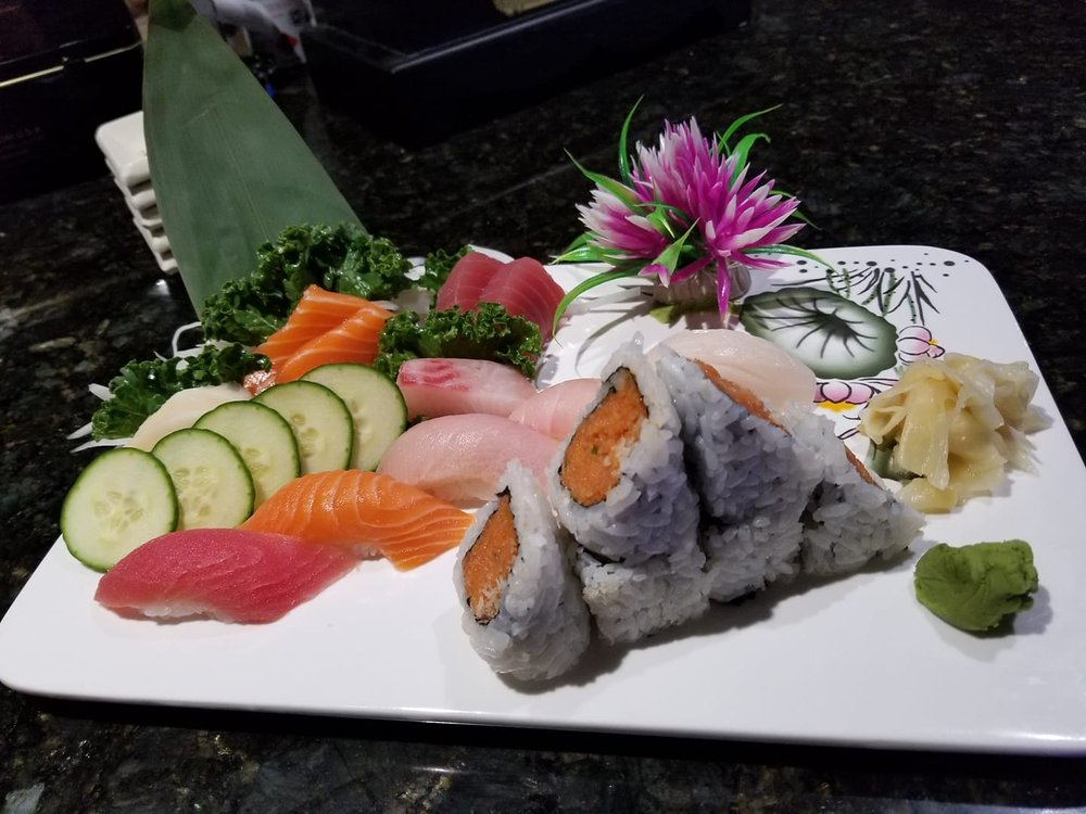 Sake Asian Fusion: 4057 Franklin St, Michigan City, IN