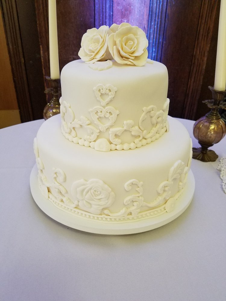 Mo Cake Please - 21 Photos - Custom Cakes - Douglassville, PA ...