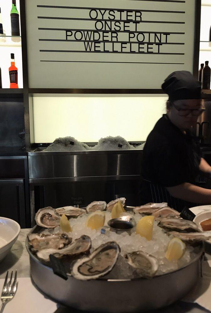 Luke's Oyster Bar & Chop House
