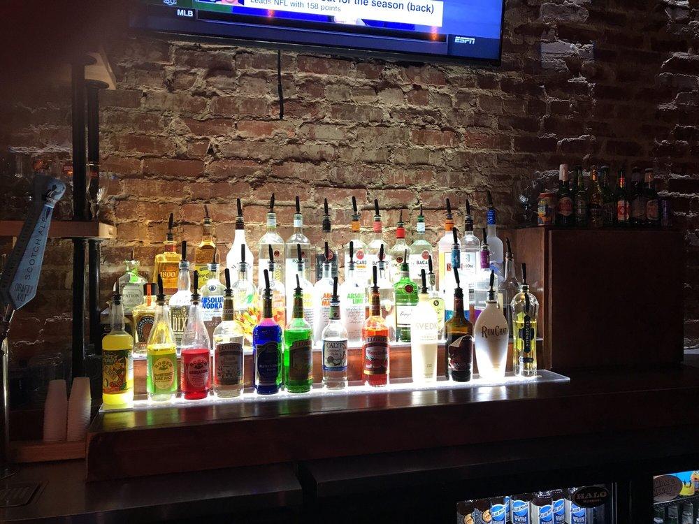 City Tavern: 109 Newnan St, Carrollton, GA
