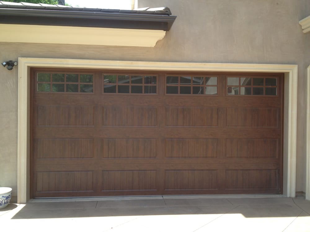Clopay gallery collection 16 x 8 yelp for 16 x 8 garage door