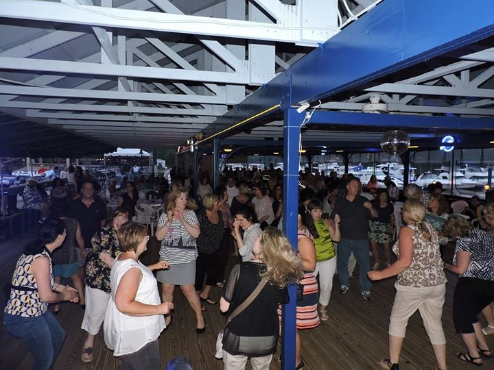 Located In The Fox Chapel Yacht Club And Marina
