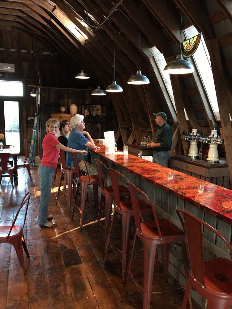 Saint Paul Mountain Vineyards: 588 Chestnut Gap Rd, Hendersonville, NC