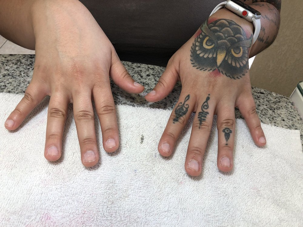 I Nails & Spa: 1101 Pearson Dr, Hudson, WI