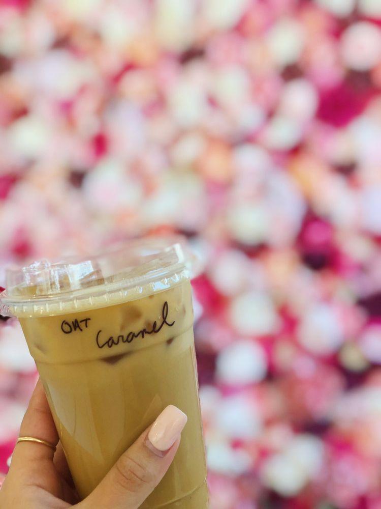 C Oliver Coffee + Flower Bar: 7401 Hazel Ave, Maplewood, MO