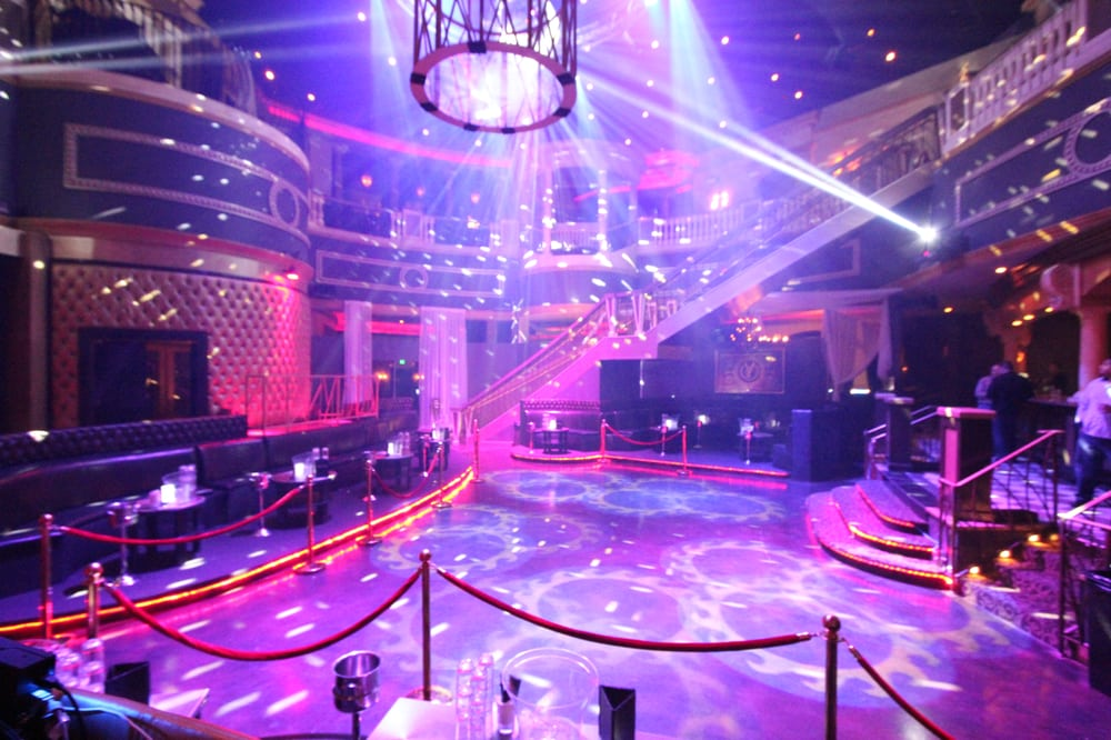 Nightclubs in vegas for over 40