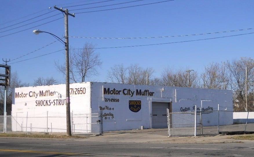Motor city muffler autokorjaamot 12441 mcnichols e for Motor city detroit mi