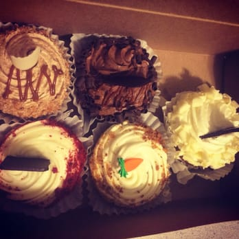 Cakes Pastries by George 12 Photos 20 Reviews Bakeries