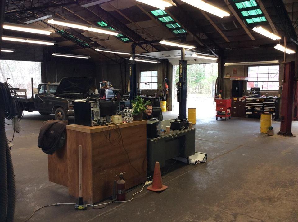 Abbott Automotive: 1410 State Rte 213, High Falls, NY