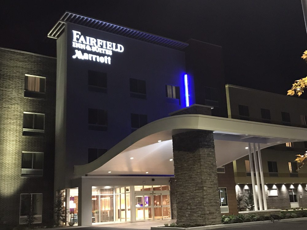 Fairfield Inn & Suites by Marriott Warrensburg: 355 E Russell Ave, Warrensburg, MO
