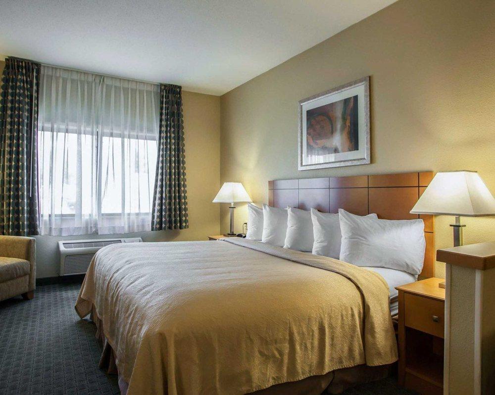 Quality Inn: 134 Barnett Ave, Forsyth, IL