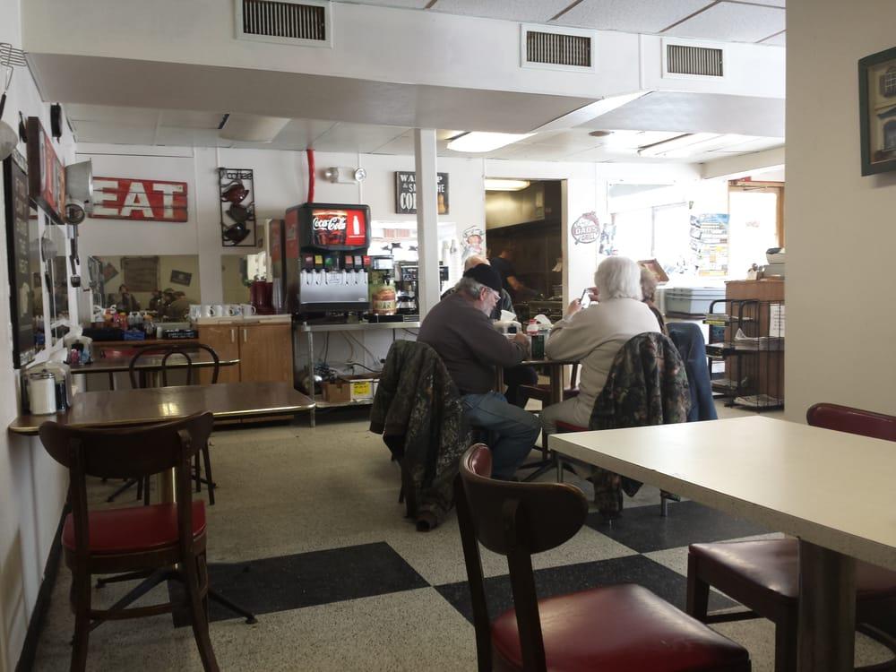 Clenney's Grill: 2096 E Van Hook St, Milan, TN