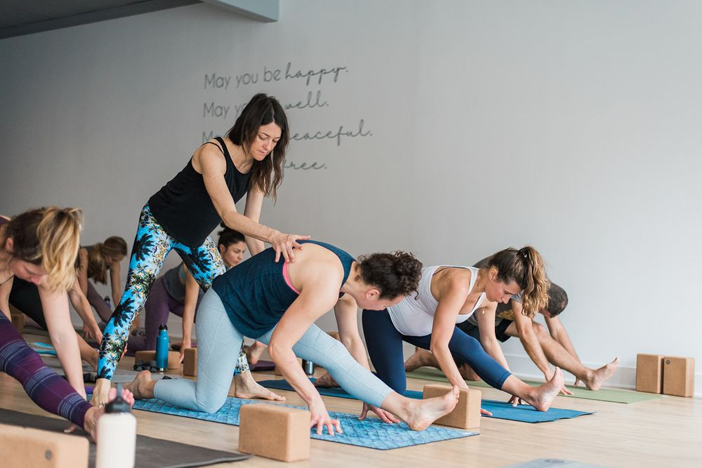 Metta Yoga: 8 Tamalpais Dr, Corte Madera, CA