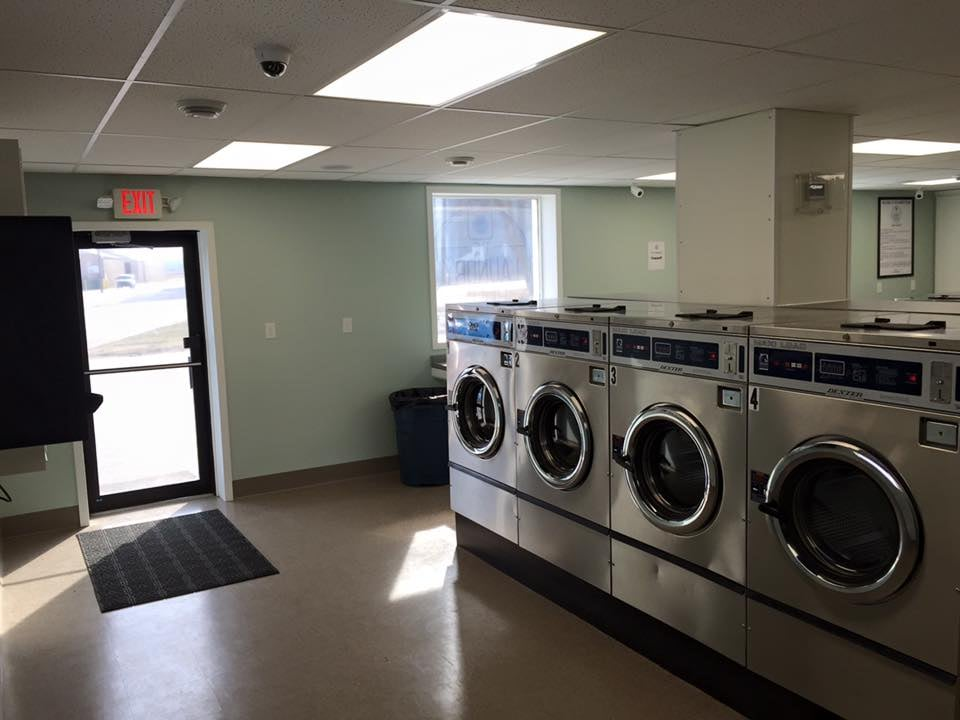 The Laundry Room - Local Laundromat: 1014 4th St, Howard Lake, MN