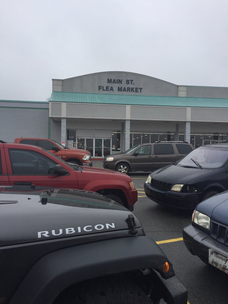 W Main St Flea Market: 660 W Main St, Jacksonville, AR