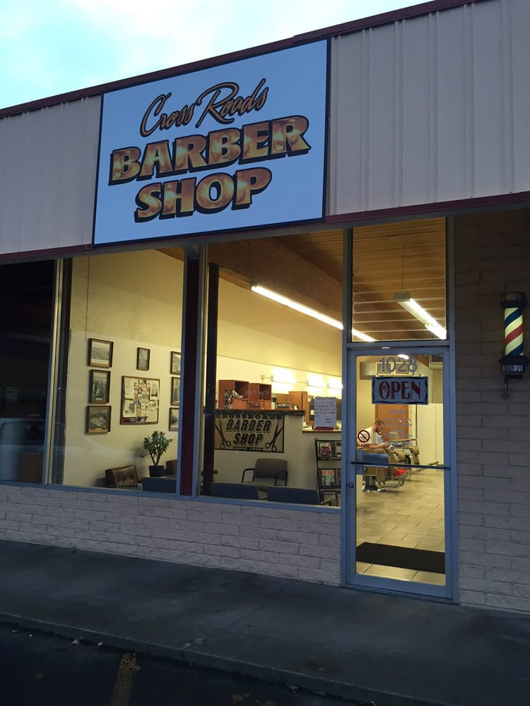 Cross Roads Barber Shop: 1028 14th Ave, Longview, WA
